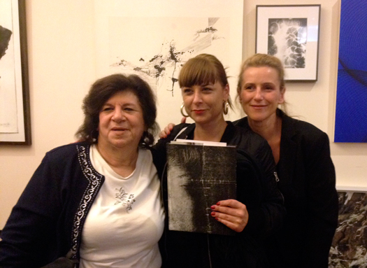 "Mary Lyall, Virginie Rebetez and Delphine Bedel discussing ""Out of the blue"""